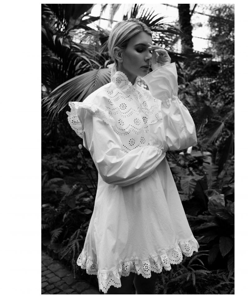 Philosophy – white Mini Dress and Flats